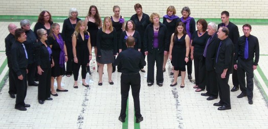 Picture of choir in Gala pool