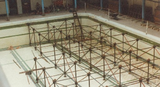 Boarding over the pool, 1986